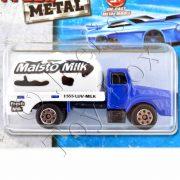 Maisto-Milk-Truck-02